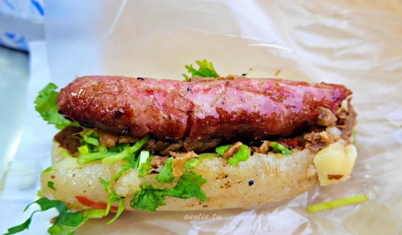 【新北】三輪車大腸包小腸 搬過好幾次家但人氣不減 碳烤古早口味大腸包小腸