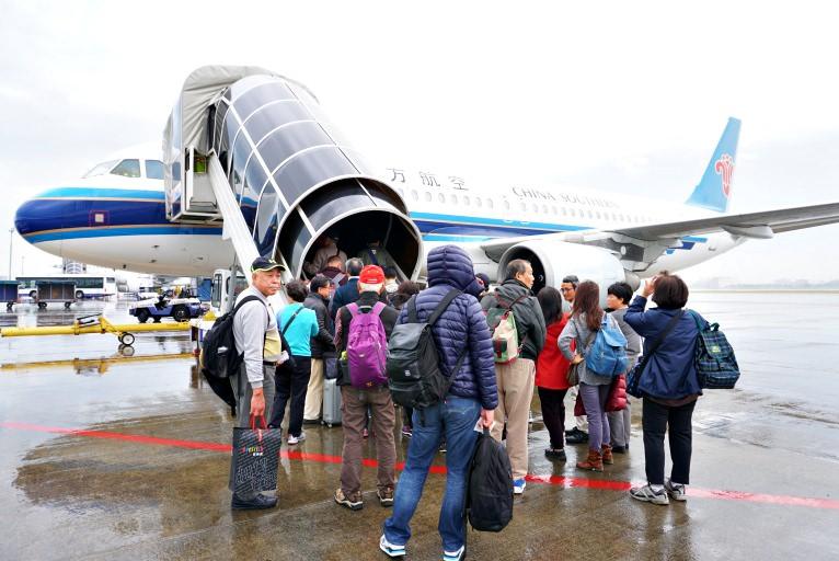 【2017歐洲自由行✈旅遊資訊】超便宜機票遊歐洲 中國南方航空一點都不差 不同點進出一萬七有找!!