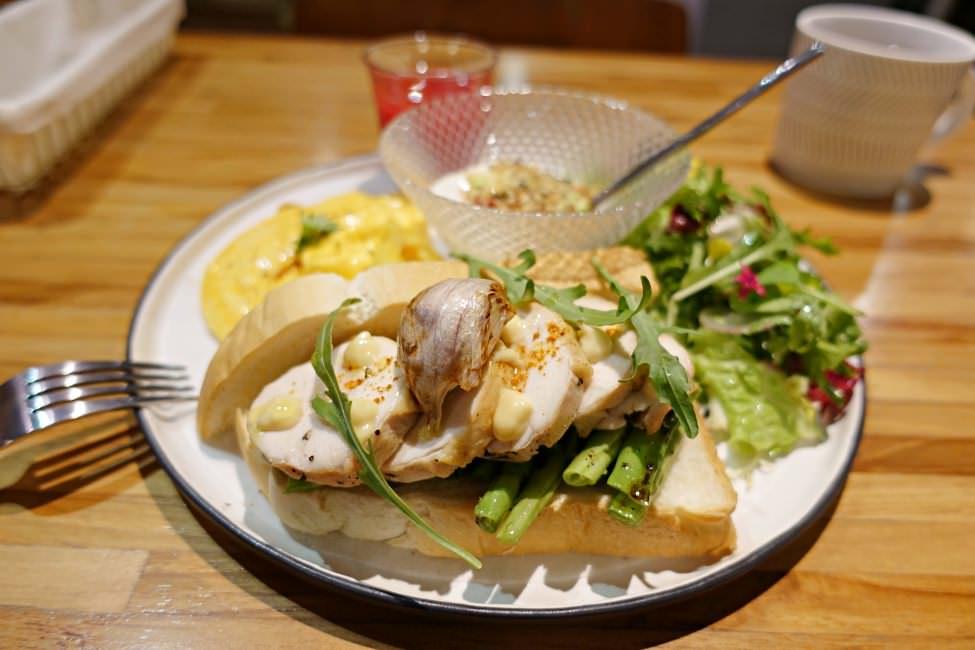 【台北美食】生活在他方 古亭豐富早午餐 甜點也超好吃推薦!
