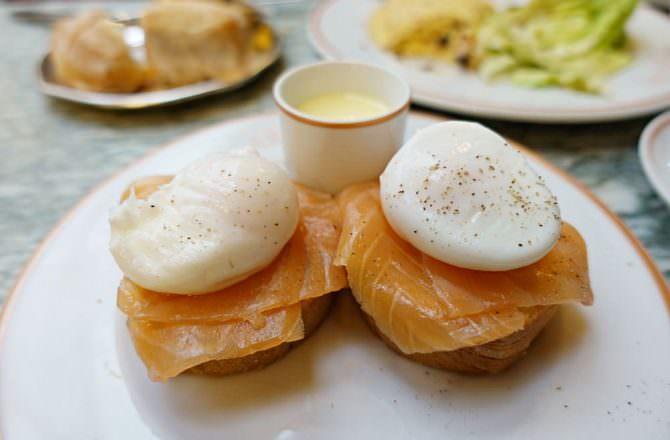 【巴黎美食】Angelina 百年Tea Room 熱巧克力 早午餐 不過甜點味道太普通!