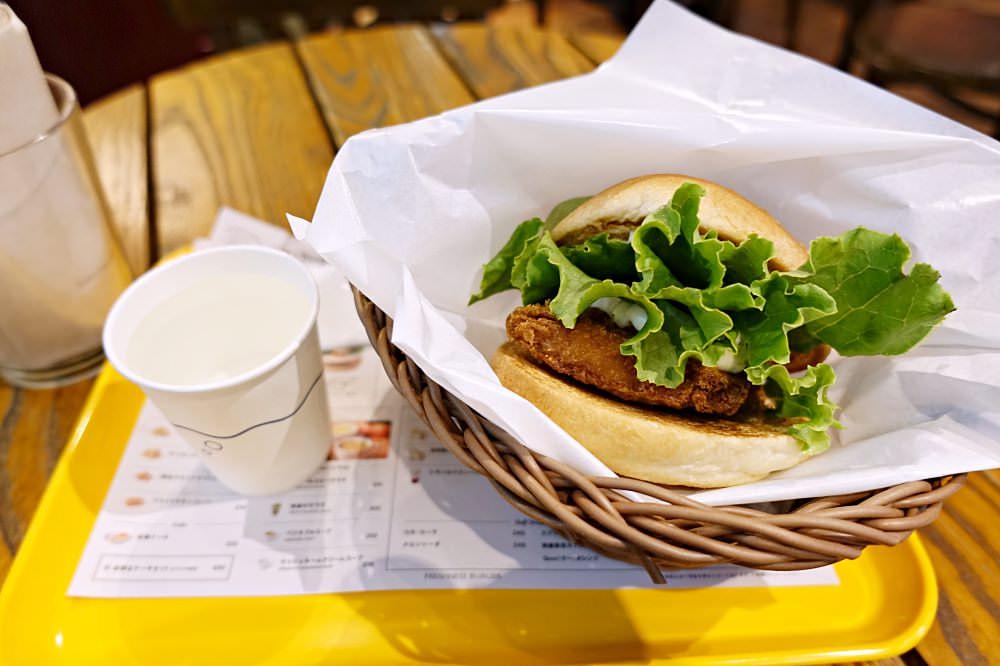 【名古屋美食】Freshness Burger 早餐現做酥脆魚排堡 漢堡控必吃 中部機場