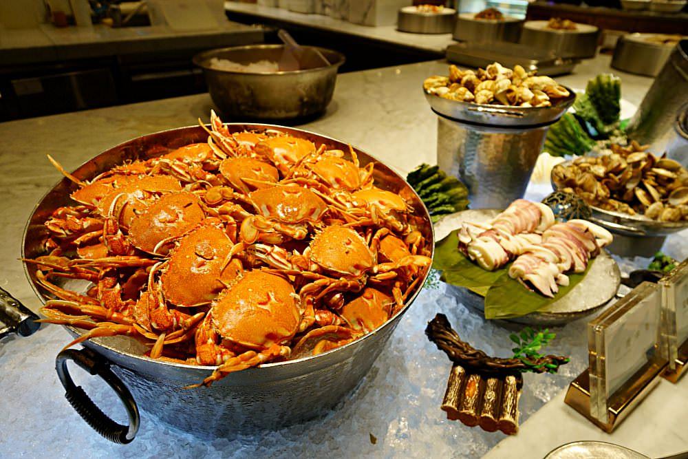 【台北】饗食天堂 食材大升級 和牛握壽司 焗烤生蠔 干貝 多款調酒氣泡飲 聚餐首選BUFFET推薦